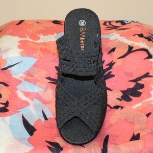 Bernie Mev  Open Toe Slip On Heel sandal 38 / 8